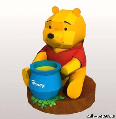 Винни Пух - бумажный медвежонок.
